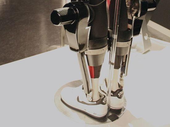 Экзоскелеты и роботы: эксперт оценил поставленную Путиным задачу развития армии