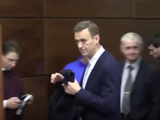 Навальный объявил забастовку избирателей всвязи снедопуском навыборы президента