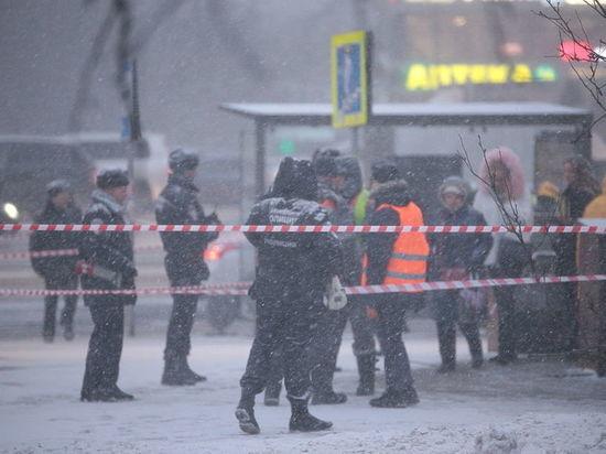 Шофёр автобуса, въехавшего вподземный переход, перепутал педали газа итормоза