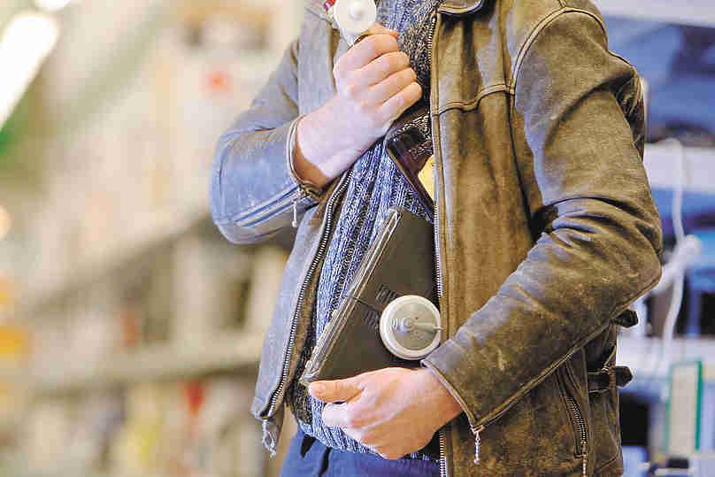 """""""Сопри кило икры"""": воровство на заказ из магазинов стало трендом"""