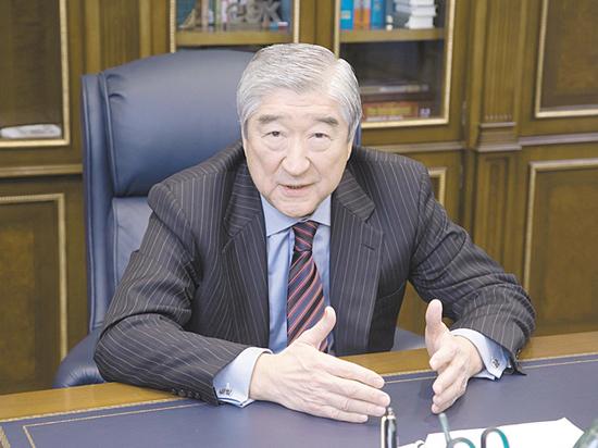 Таиру Мансурову - 70