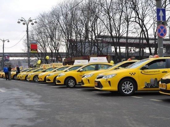 Федеральная антимонопольная служба выступила против таксистов