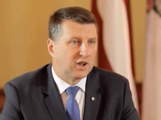 Президент Латвии подписал закон, унижающий ветеранов Великой Отечественной