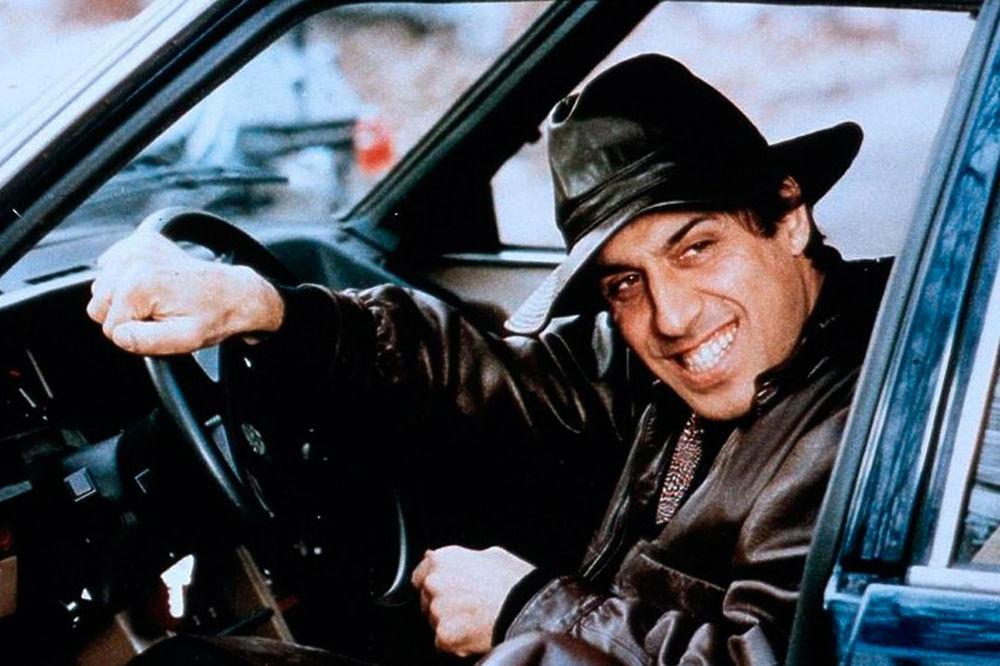 """Сегодня один из самых ярких актеров современности, эстрадный певец, любимец женщин, неповторимый Адриано Челентано отмечает 80-летний юбилей. Он родился 6 января 1938 года в Милане. Российскому зрителю Челентано больше всего известен по кинокомедии """"Укрощение строптивого"""", где дуэт великому актеру составила Орнелла Мути, которая не скрывает, что во время съемок фил"""