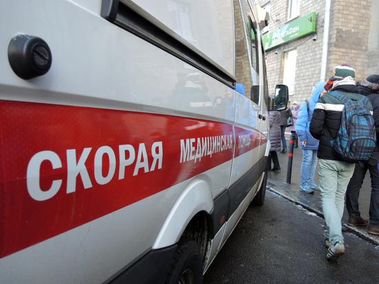 Врачи спасли пенсионерку, запихнувшую в себя пробку из-под шампанского 1 января