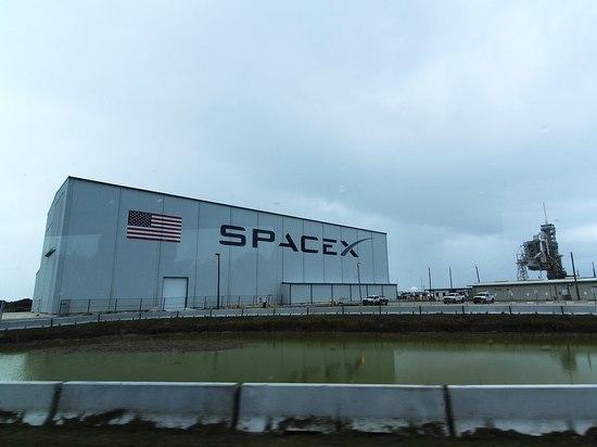 Эксперты назвали возможные причины и последствия аварии секретного спутника SpaceX