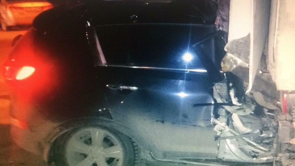 В Москве при наездах на стоящие машины погибли двое водителей