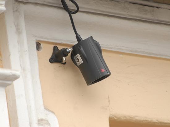Туалетный скандал в Екатеринбурге: чиновницы пожаловались на слежку в уборной