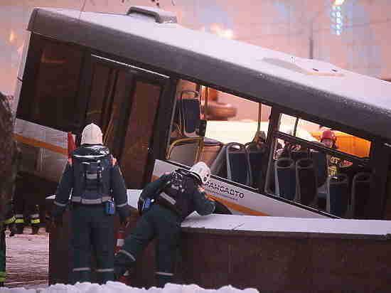 Автобус, убивший людей в переходе, был исправен: водителю предъявили обвинение