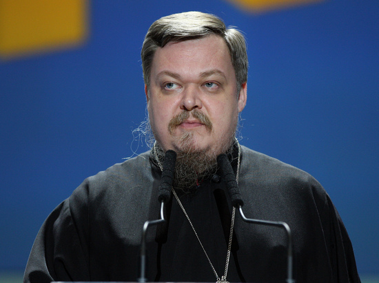 """Чаплин поспорил с Путиным про """"ложные мощи"""" Ленина"""
