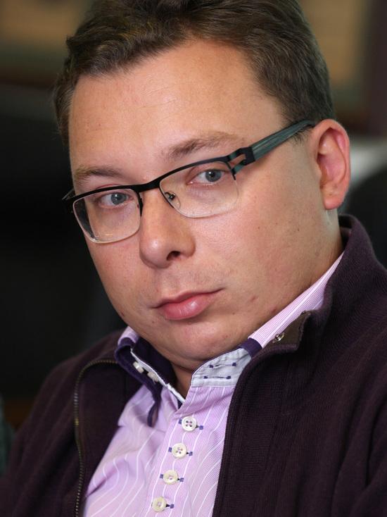 Российскому политологу Бондаренко запретили въезд в Евросоюз