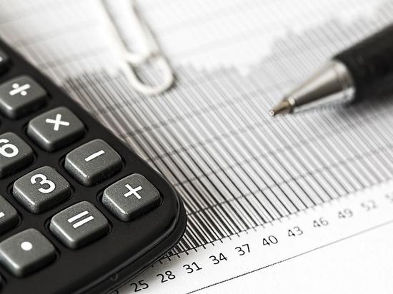 Объяснить россиянам прелесть повышения налогов призвали на Гайдаровском форуме