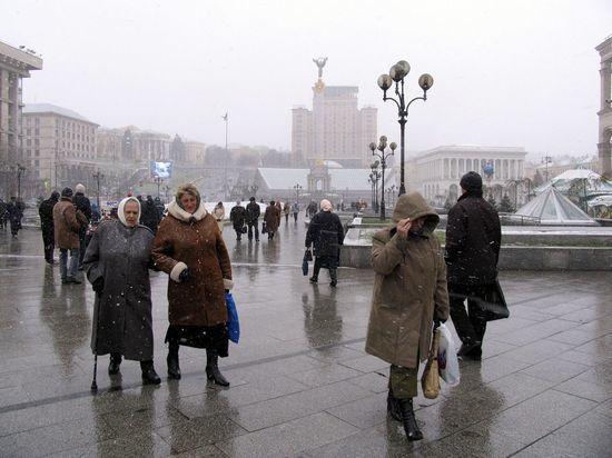 «Необходимо принять кучу непопулярных реформ»: МВФ остановит программу поддержки Украины