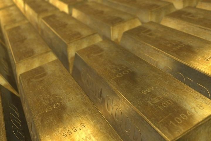 Россия скупает золото