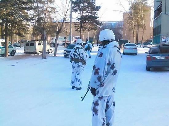 СКР: задержаны двое соучастников нападения на школу в Улан-Удэ