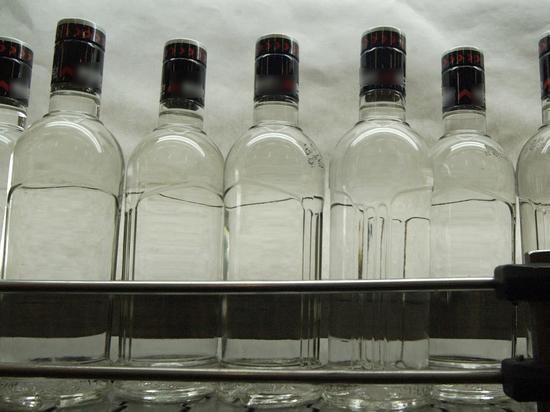 В Тюмени ликвидировали цех по производству поддельной водки