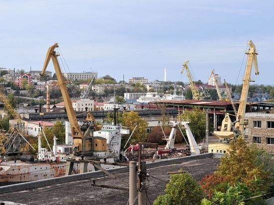 Оставшийся в Севастополе завод Порошенко стал собственностью России