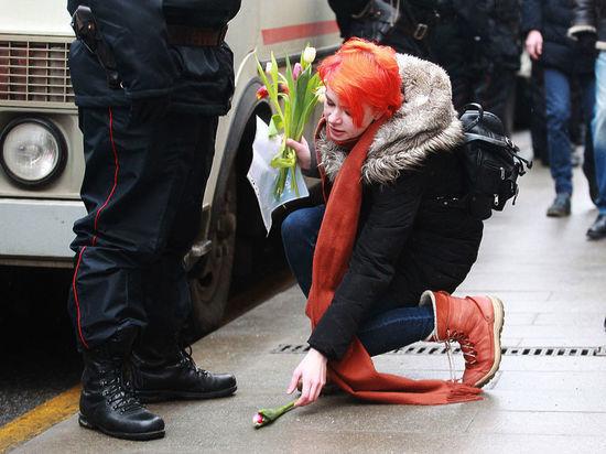 Нелюбовь: полиция заказала стороннику Навального love story и задержала