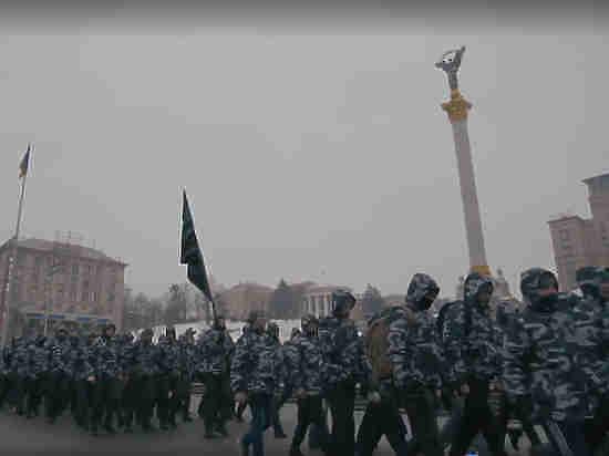 """""""Схватятся за колы"""": генерал пообещал Польше восстание миллионов украинских гастарбайтеров"""
