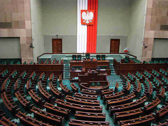 Моравецкий прокомментировал «бандеровский закон» вПольше