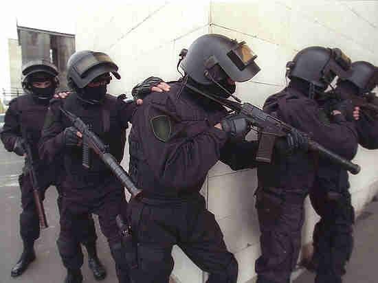 «Фонтанка»: Для арестов фигурантов резонансных дел используют один самолет