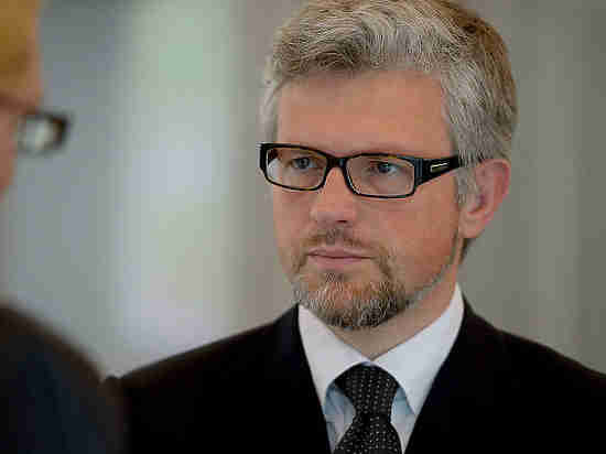 Посетивший Крым германский депутат установил наместо недовольного украинского посла