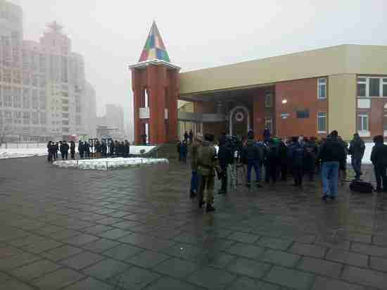 В Воронеже на Коминтерновском кладбище простились с пилотом Су-25 Романом Филиповым