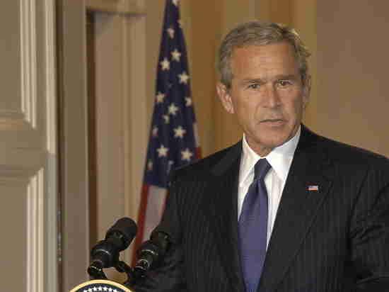 Путин блестящий тактик, который умеет распознавать слабость ииспользовать ее— Джордж Буш