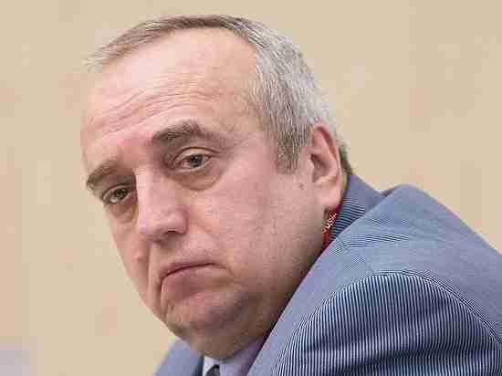 Источник объявил обуходе Клинцевича споста зампреда комитета Совфеда пообороне