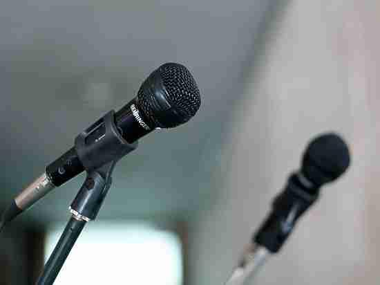 Не понравилась песня: следователи избили посетителя караоке-клуба