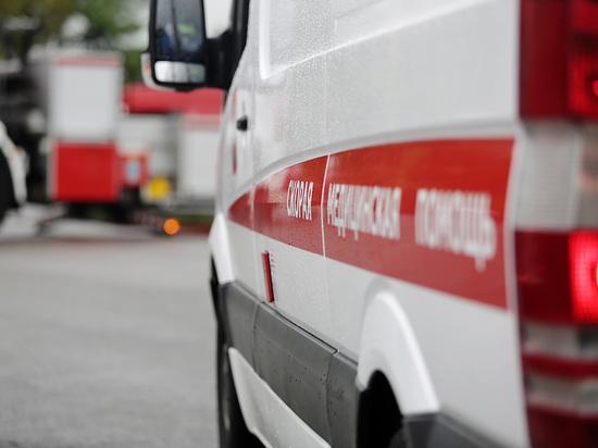 Сразу два снежных ЧП в Москве: пострадали автомобилист и уборщица