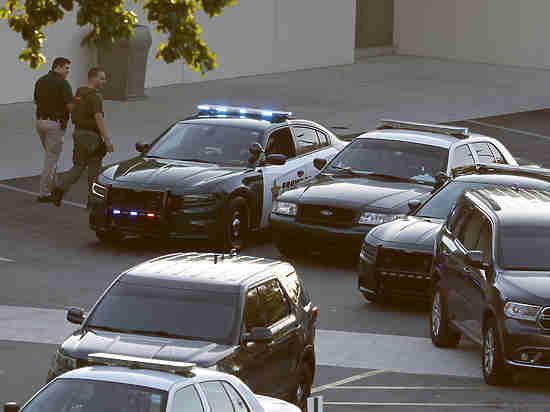 Кофе-брейк после бойни: как ФБР проглядело «школьного стрелка»