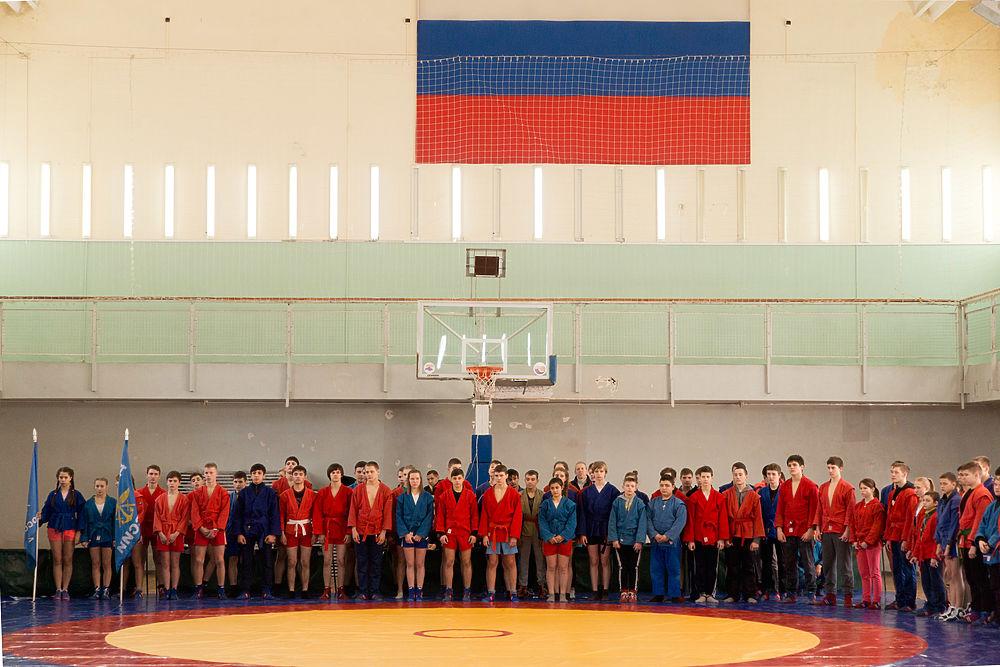 В Волгограде состоялось открытие Первенства области по самбо среди юношей и девушек