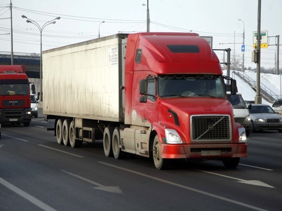 Таможня ответила на претензии Украины по поводу застрявших грузовиков