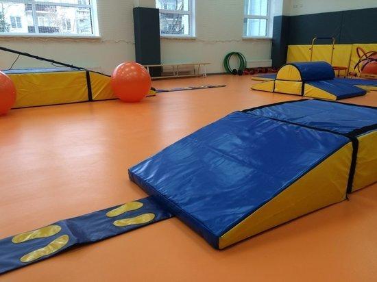 Детские сады начали бороться с гаджетами: детей приходится учить играть