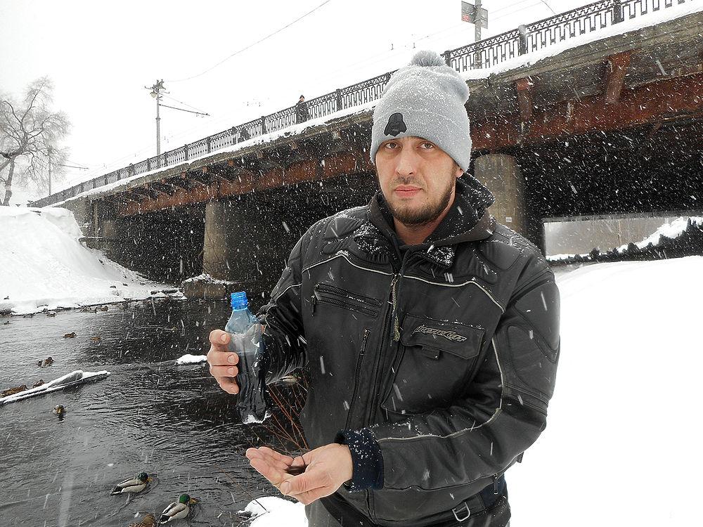 Константин Калашников – новокузнецкий путешественник и блогер – в середине января разместил в интернете ролик, за несколько дней набравший тысячи просмотров и привлекший внимание к экологической ситуации в Кузбассе