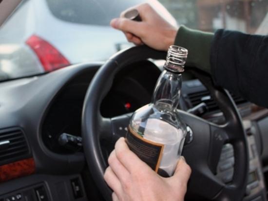 В Самаре на Московском шоссе пьяный 23-летний водитель насмерть сбил пешехода