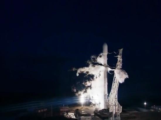 SpaceX запустила ракету для раздачи всемирного интернета
