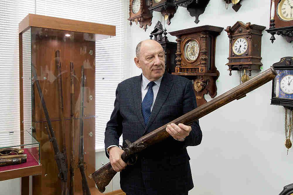 В волгоградском музее показали оружие из арсенала