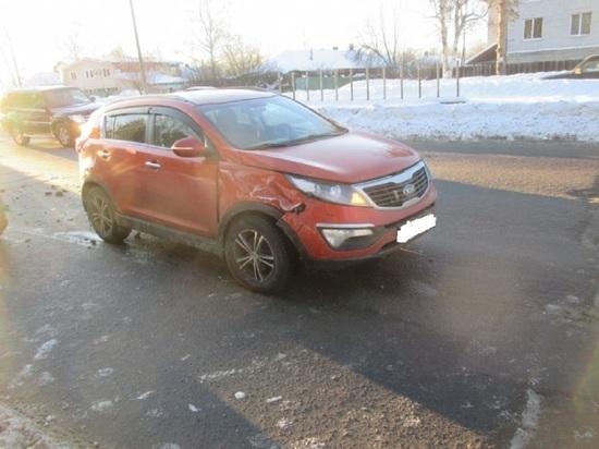 В Заволжском районе Ярославля столкнулись «Киа» и «Форд»