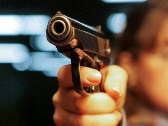 Наюге столицы расстреляли мужчину