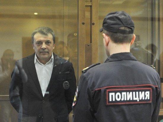 На процессе Максименко вспомнили Бастрыкина: интересовался часами рейдера Шенгелии