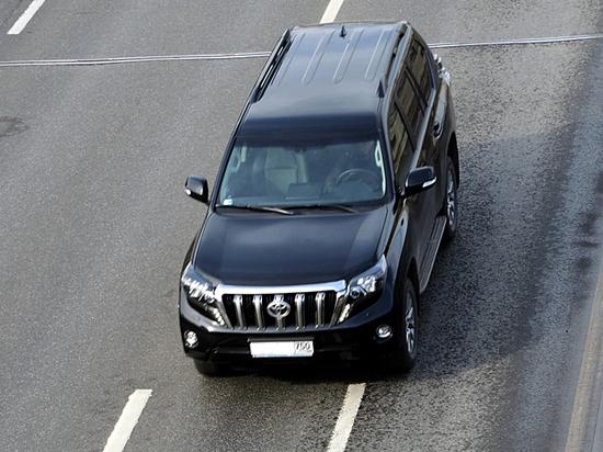 Что грозит водителю за пересечение стертой или заснеженной стоп-линии