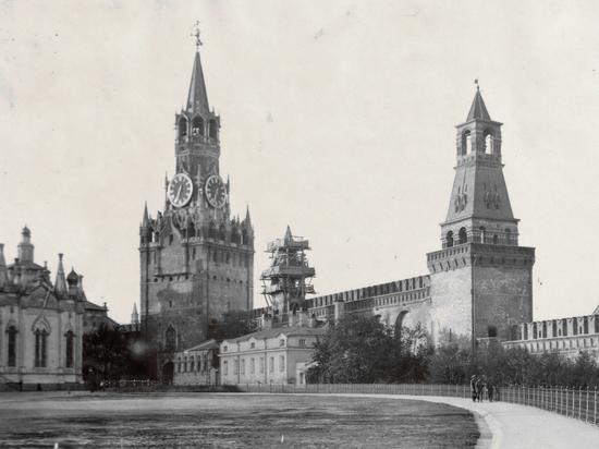 Как сто лет назад столицу переносили из Петрограда в Москву