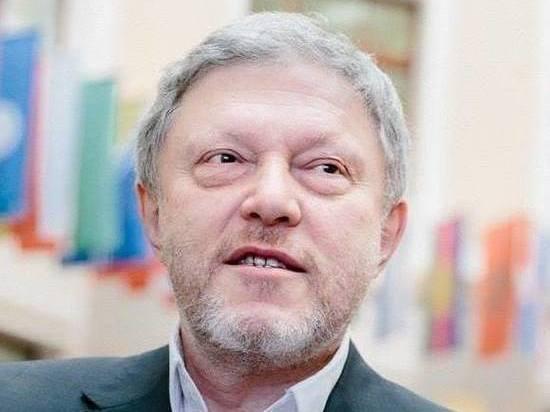 """""""Только к утру стал слышать"""": у Явлинского прокомментировали разгерметизацию самолета"""