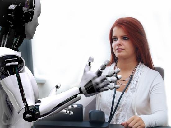 В Академии наук озаботились внедрением робототехники в медицину