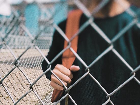 """""""Диагноз - готов убивать"""": эксперты разобрали страшные проявления подростковой депрессии"""