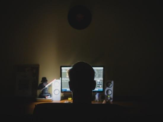 СМИ узнали оподготовке Лондоном кибератаки против России