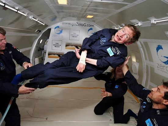 Умер Стивен Хокинг: знаменитый астрофизик, опасавшийся инопланетян