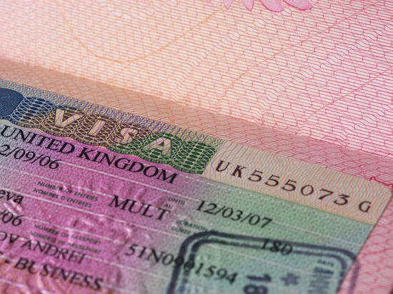 В Петербурге продолжат выдавать визы в Великобританию